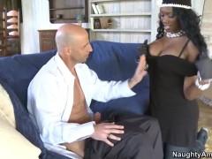 Black girl Nyomi Banxxx knows how job