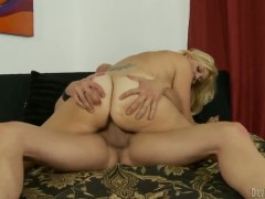 Charlee Chase has oral fun with horny dude